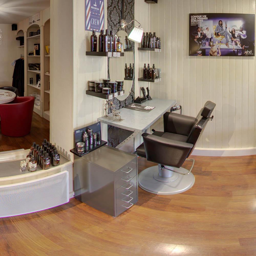 salon de coiffure intérieur